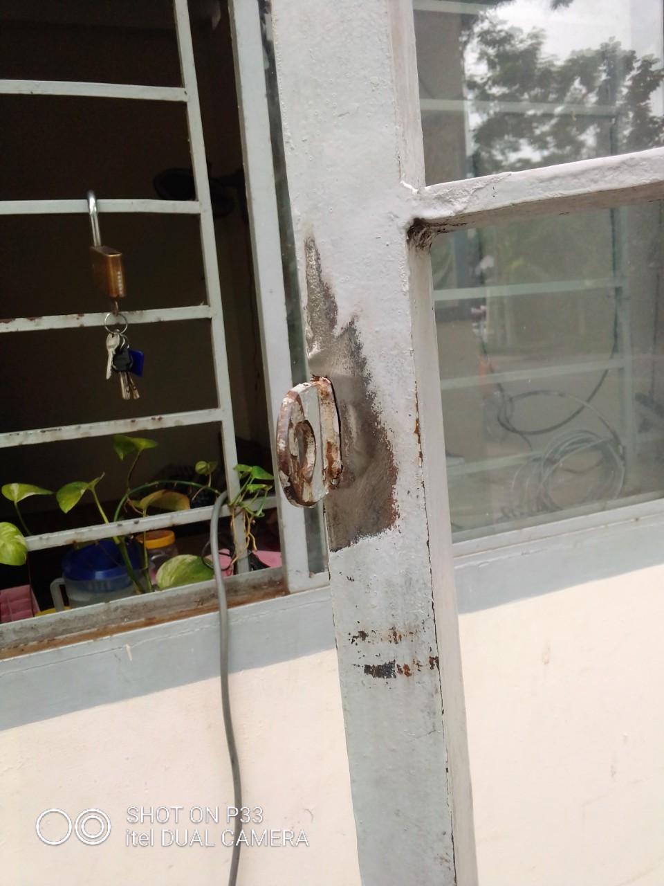sửa cửa sắt tại nhà TPHCM